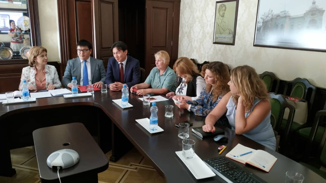 On June 11, 2019, at the initiative of the Embassy of the Kyrgyz Republic, a videoconference was held on the development of cooperation between Kyrgyzstan and Ukraine in the field of light industry.