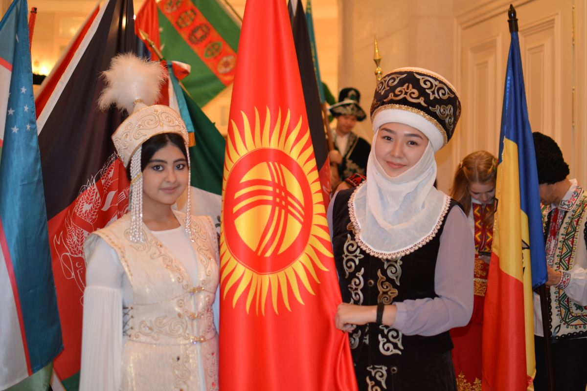 On November 7, 2019, the Embassy of the Kyrgyz Republic in Ukraine in order to promote the culture and tourism potential of the Kyrgyz Republic took part in the annual «Parade of Nations» event, organized with the support of Fashion of Diplomacy magazine, the Ministry of Foreign Affairs of Ukraine and the Ministry of Culture of Ukraine.